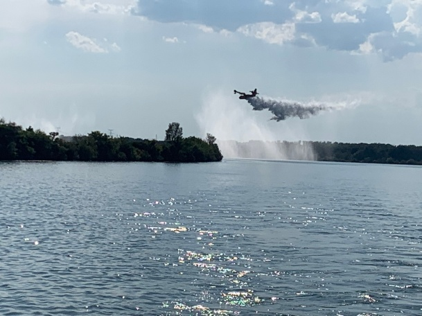 20190830 10 Fire planes dumping unused water