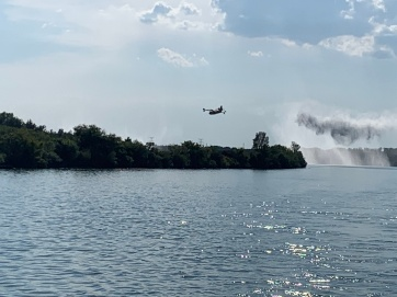 20190830 11 Fire planes dumping unused water