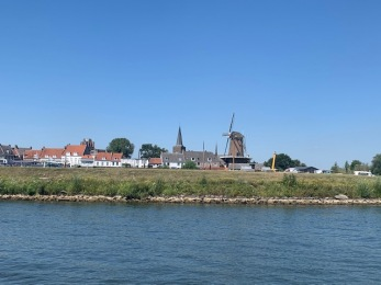 20200807 02 Definitely in Holland
